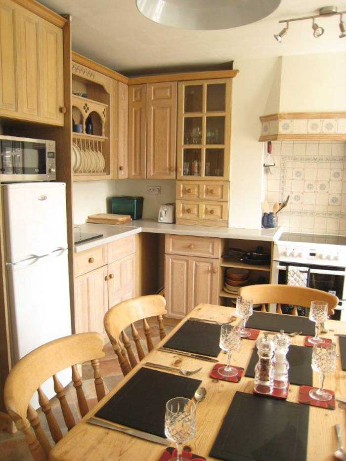 Self catering accommodation Derbyshire with fridge, oven and microwave