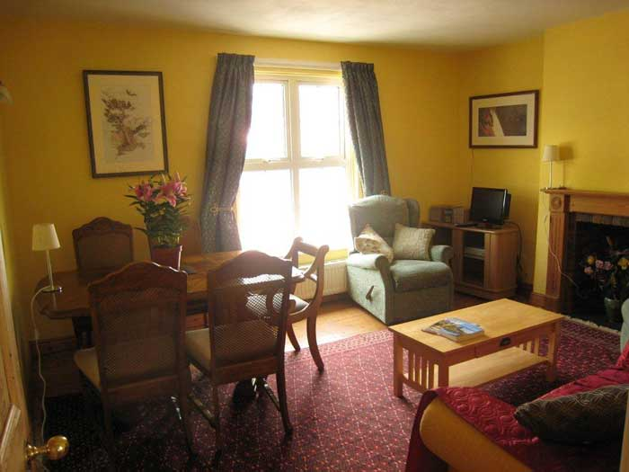 Self catering accommodation for large family, Peak District